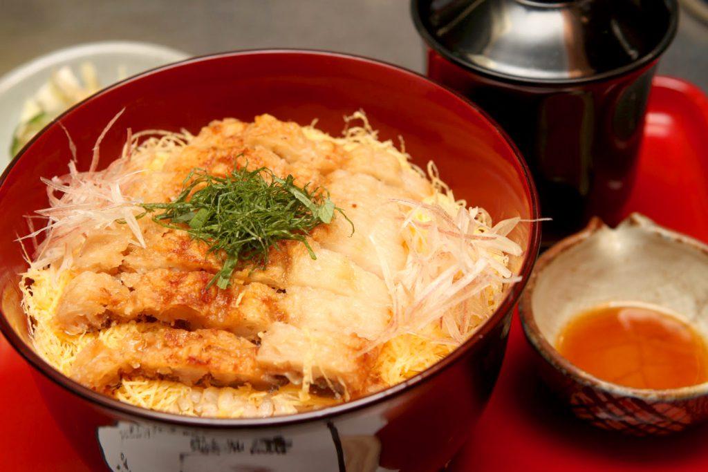 「鱧丼」1860円、(小)930円
