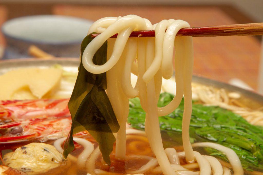 炊なべ(うどんすき)