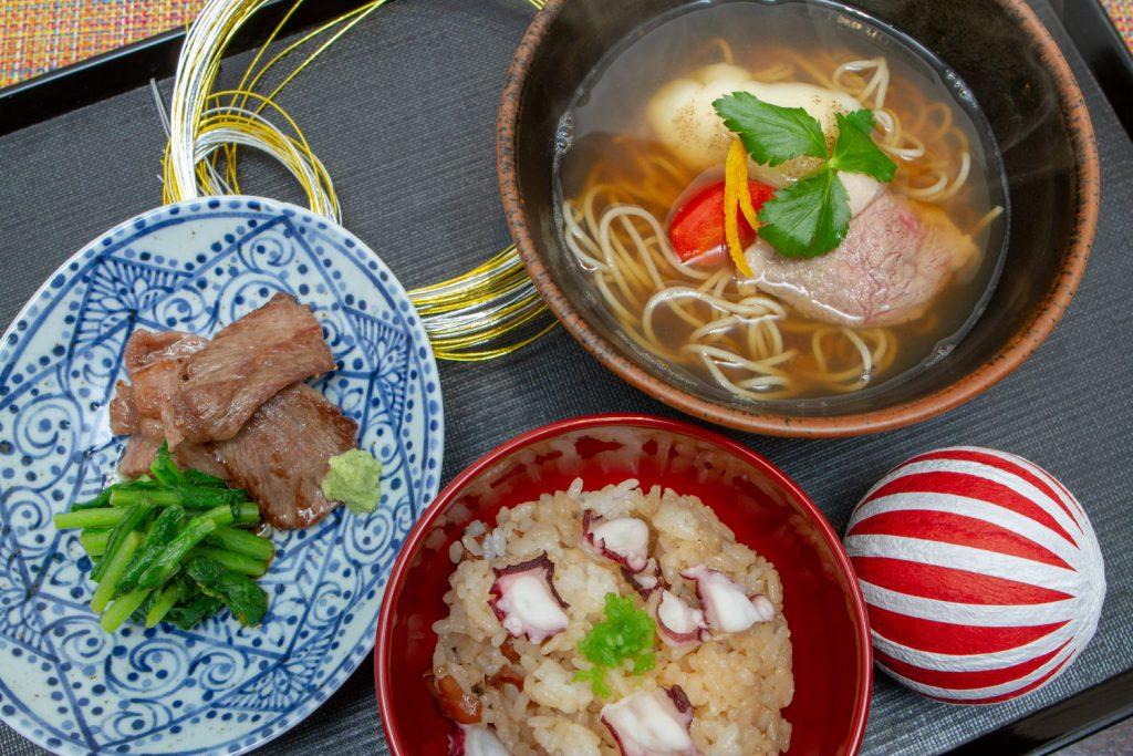 「12月の季節のおそばと御飯」1,350円